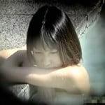 【風呂盗撮】高画質盗撮 宮崎あ●い似のスレンダー美女 超美人!でも身体を見てちょっとビックリw