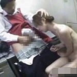 【Hな裏交渉】「警察に突き出さない代わりに…ね?」万引き女子大生にSEXを持ち掛けるエロ店長【SEX盗撮】