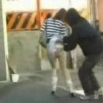 【悪戯盗撮】パンツに虫投入ダッシュ3【パンチラ盗撮】