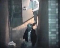 【青姦隠撮】暗闇に潜む発情カップル達43 SEXしているところを警備員に見つかるバカップルwww