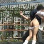 【悪戯隠撮】女子校生限定ハイテンションスカートめくり パンツもめくってお尻ペンペンwww【痴漢隠撮】