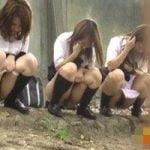【小便隠撮】女子校生たちの連れション