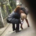 【悪戯隠撮】パンツ下げDASH 街中でプリケツとマン毛を晒し上げられた女性たち【痴漢隠撮】