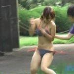 【悪戯隠撮】水着剥ぎ取りDASH!! 真夏の浜辺で丸出し娘【痴漢隠撮】
