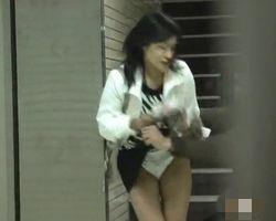 【悪戯隠撮】スカート引き千切りDASH スカート切り裂かれ被害者多数【痴漢隠撮】