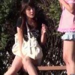 【小便隠撮】野ション中、運悪く通行人に話しかけられてしまった女性www