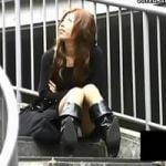 【パンチラ隠撮】シャレオツミニスカ美女たちのパンチラ シミ付きパンツもGET!