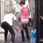 【悪戯隠撮】強襲ジャージ下げDASH! 街中で強制パンツ露出【痴漢隠撮】