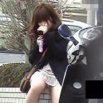【パンチラ隠撮】街角スナップショット お股パッカ~ン!女の子のパンツが丸見えになった瞬間