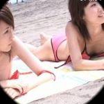 【胸チラ隠撮】日光浴中のお姉さん 僅か数センチの隙間でもカメラは狙います