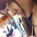 【胸チラ隠撮】●村架純似のナチュラル系美人ショップ店員のふっくら乳房