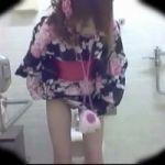 【小便隠撮】夏祭り会場周辺の公衆トイレに隠しカメラを設置 浴衣美人たちの排泄風景を隠し撮り!