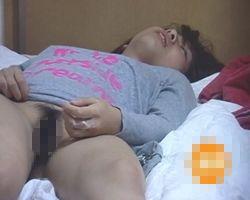 【オナニー隠撮】一人暮らし女性の性態 手にはマン汁べっちょり、口からは涎がたらり…高速指ズボで壮絶イキ