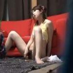 【オナニー隠撮】民家オナニー隠し撮り 女の子でもオナニーのオカズはやっぱりエロビデオ!