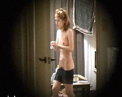 【脱衣隠撮】某大学女子寮隠し撮り! 全裸徘徊、内緒で彼氏連れ込み、みんなやりたい放題ですw