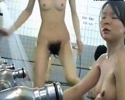 【風呂隠撮】スーパー銭湯隠し撮り!女撮り師のカメラが捉えた超ド級の剛毛マン毛www