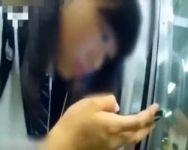 【痴漢盗撮】これはアカンやつ… 電車帰りの女子校生に悪質痴漢!マンコをまさぐる一部始終をカメラに収めていた撮影者