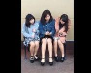 【パンチラ隠撮】仲良し三人組の女の子を隠し撮り!3パンチラまとめてゲットォォォwww