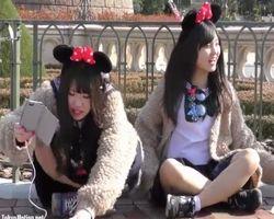 【パンチラ盗撮】ネズミさんの夢の国で女子校生たちのパンチラを乱獲!
