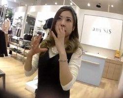 【パンチラ盗撮】逆さHERO ショップ店員のスカートにがんがんカメラを突っ込んでパンチラGET!