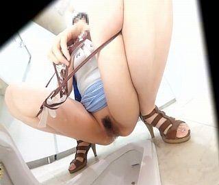 女子トイレ盗撮