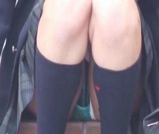 女子校生パンチラ